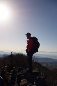山頂に立つUさん