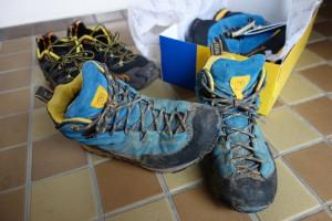 廃棄処分の靴