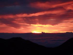 南岳小屋からの朝焼け